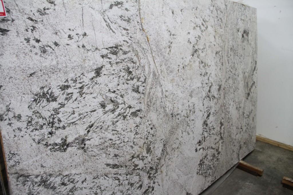 Granite 0 - Tropicalia