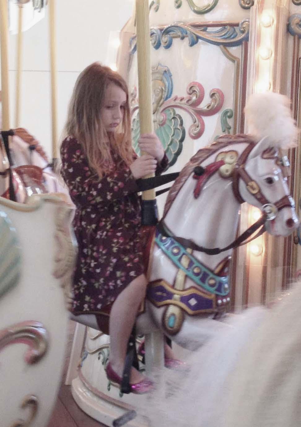 fluffy carousel 4