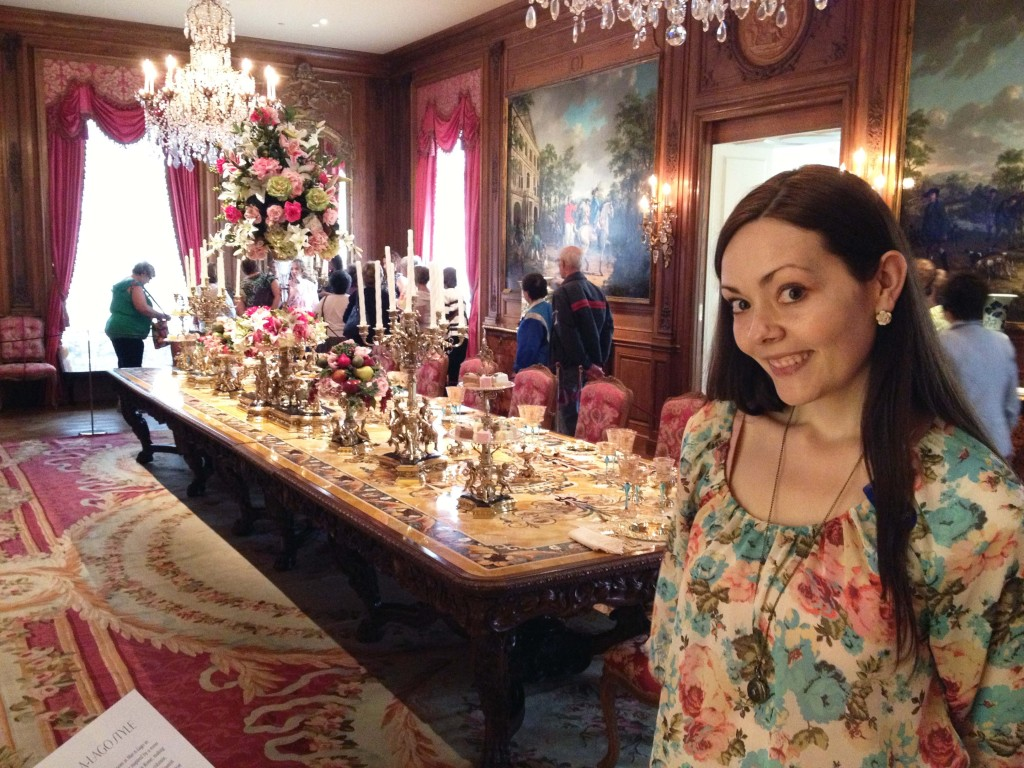hillwood dining table with Jenni