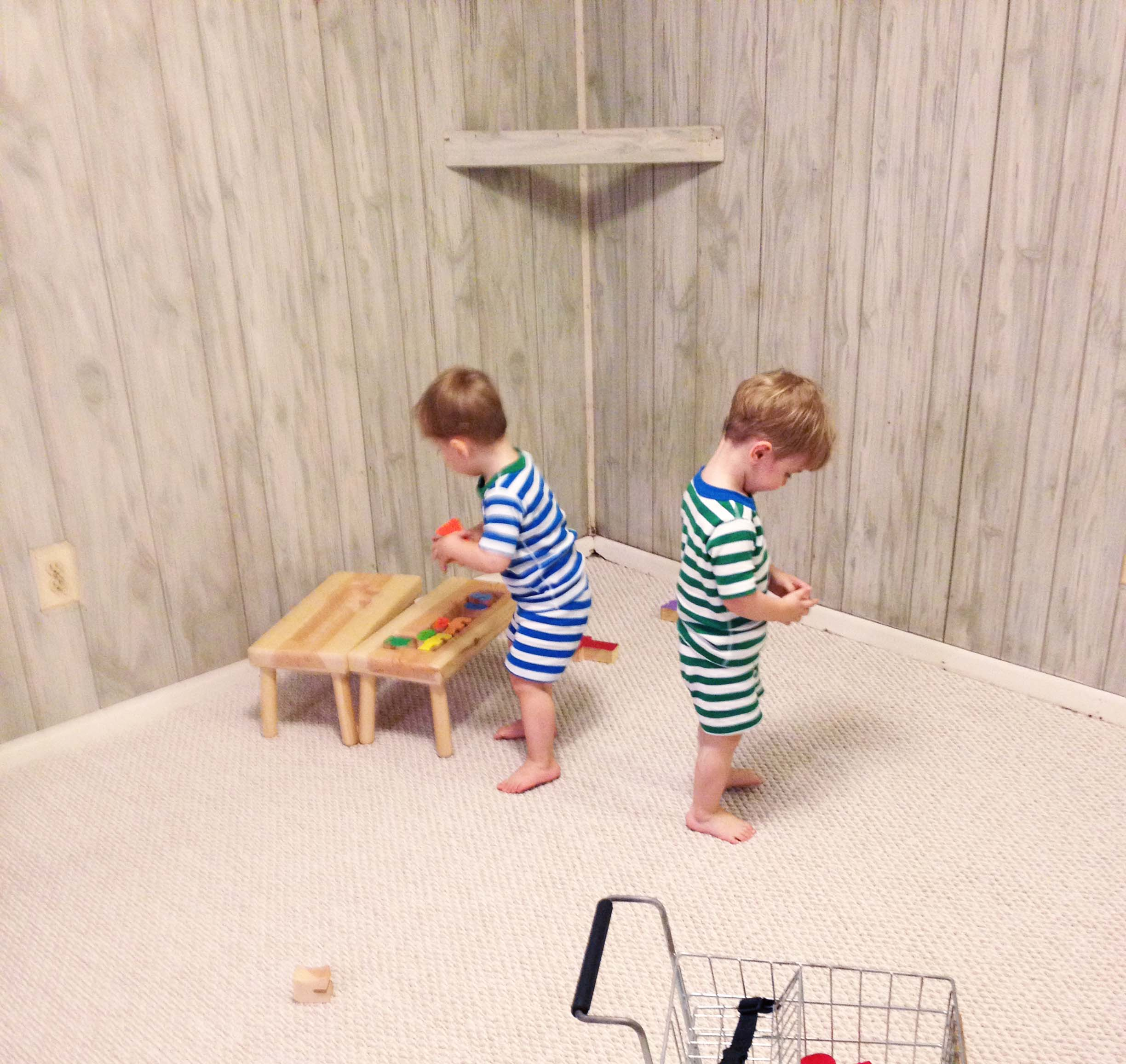 twins in Hanna Anderssen jammies featured